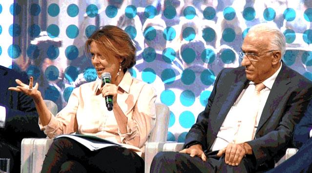 Il Ministro della Sanità Beatrice Lorenzin ha aperto i lavori del primo Forum della Sanità Digitale. A destra, Gian Franco Gensini, Presidente SIT – Società Italiana Telemedicina.